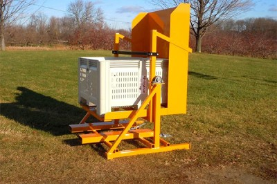 pallet box discharge system